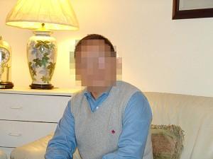 Un reporter din China care a lucrat pentru o agentie de stiri japoneza si specializat in stirile chineze a fugit recent in Statele Unite dupa ce a fost dat in urmarire in China pentru a dezvaluit niste probleme controversate.