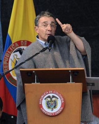 Presedintele columbian Alvaro Uribe ia masuri pentru eradicarea coruptiei din armata