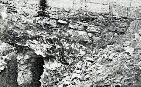 Intrare in pivnita unde au fost executati martirii romani, Chisinau