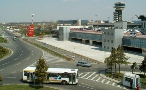 Aeroportul Internaţional Henri Coandă, Bucureşti.