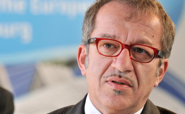 Ministrul italian de interne, Roberto Maroni.