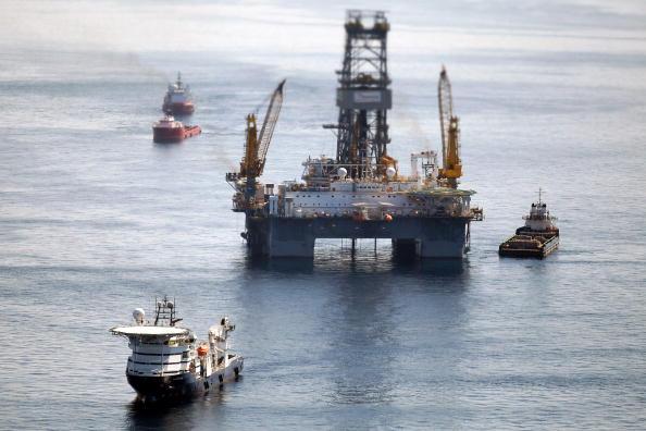 Platforma petrolieră.