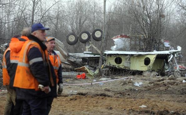 Rămăşitele avionului prezidential polonez prăbuşit la Smolensk, 11 aprilie 2010