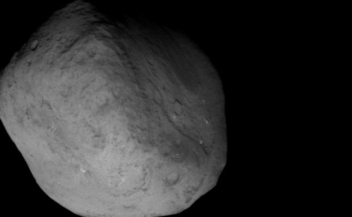 Cometa Tempel-1: misiunea Stardust a luat aceasta imagine a cometei Tempel 1 pe 14 februarie. Cometa a fost vizitata prima oara de misiunea NASA Deep Impact in 2005.