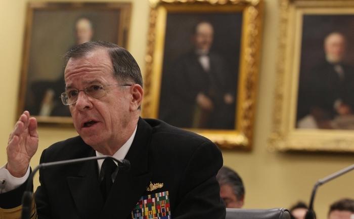 Comandantul american Michael Mullen