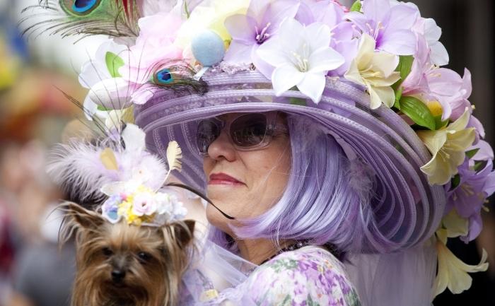 Parada pălăriilor neobişnuite de Paşti, 24 aprilie 2011, New York.