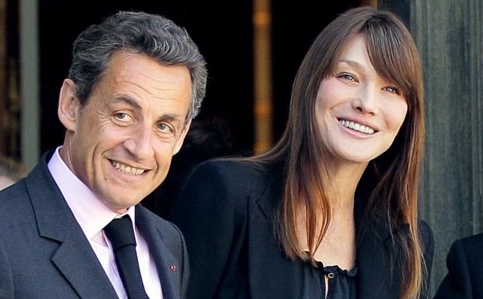 Nicolas Sarkozy şi soţia sa, Carla Bruni-Sarkozy.