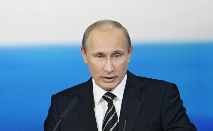 Vladimir Putin, anuntand crearea Frontului Popular la o conferinta a partidului sau Rusia Unita, in Volvograd, 6 mai 2011