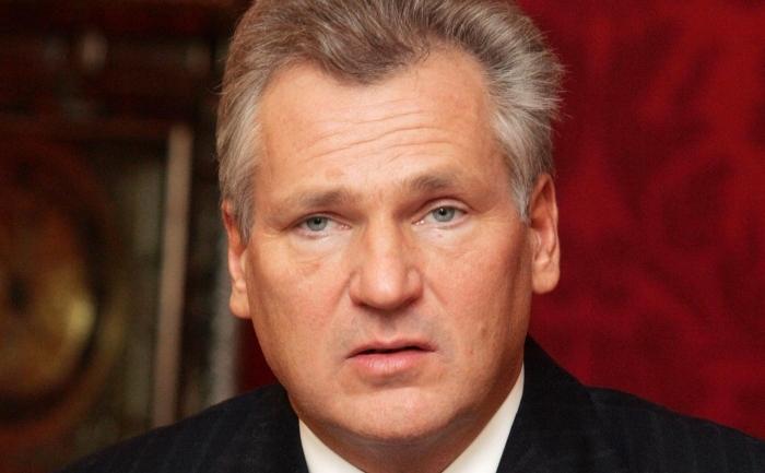 Fostul presedinte polonez Aleksander Kwasniewski in 2005