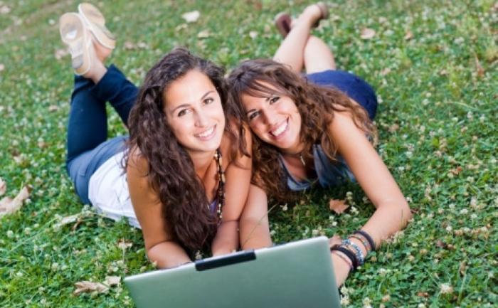 Unele regiuni din creier sunt asociate cu numarul prietenilor pe care ii avem.
