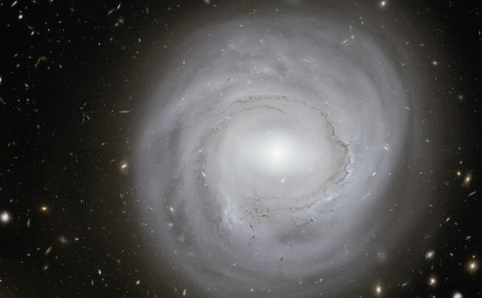 O echipa de astronomi chinezi  a descoperit ca materia organica exista peste tot in Univers.