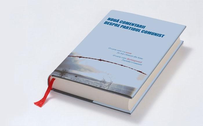 """Cartea """"Nouă Comentarii despre Partidul Comunist"""" publicată de ziarul The Epoch Times."""