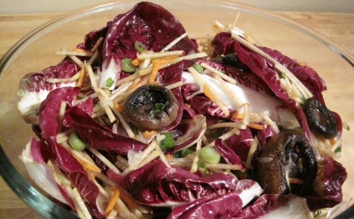 Salata de radicchio cu ciuperci