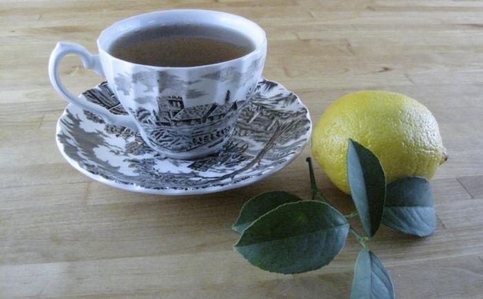 Ceai cu miere si lamaie