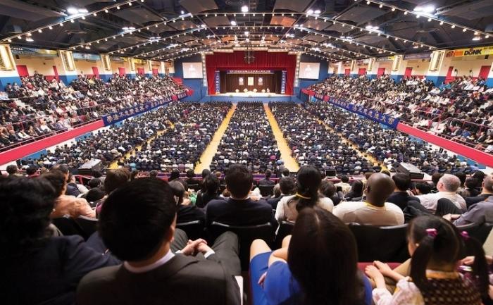 Mai mult de 7.000 de persoane au participat la conferinţa de la Westchester County Center din White Plains, NY, unde au vorbit despre îmbunătăţirea personală datorată practicii spirituale Falun Dafa.