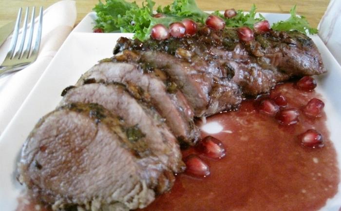 Muşchiuleţ de porc cu sos de rodii