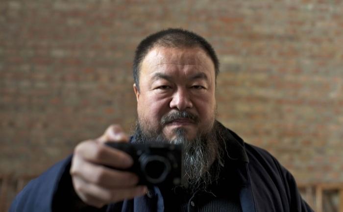 """Artistul Ai Weiwei, în documentarul """"Nu imi pare rau""""."""