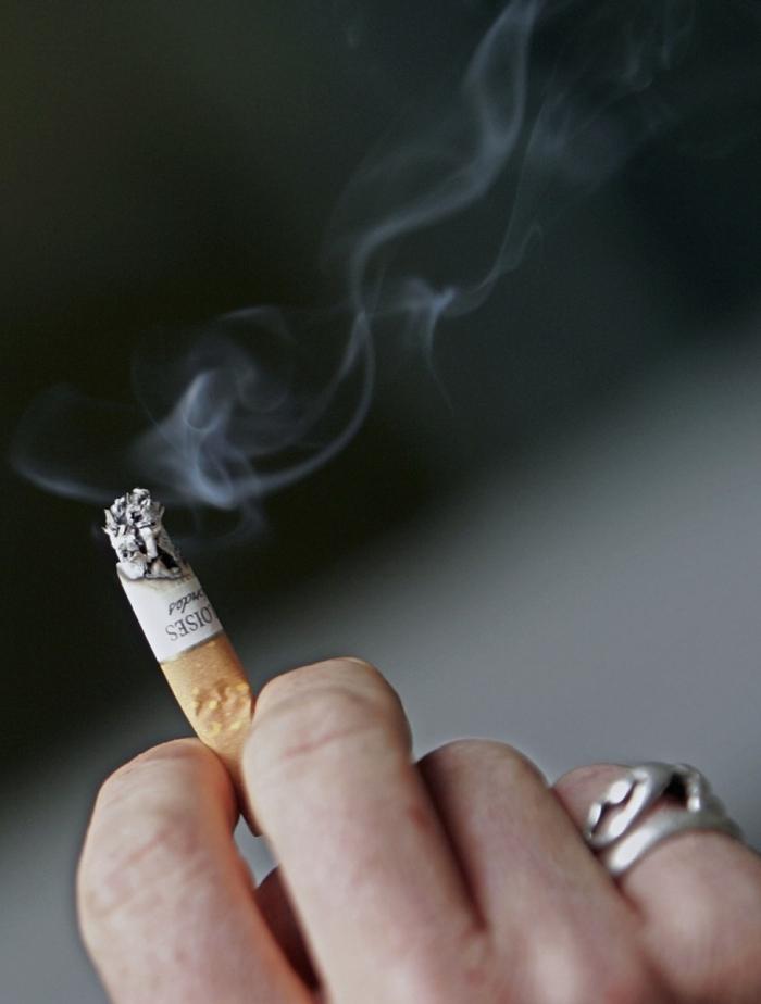 Fumatul este principala cauză pentru cancerul de plămân
