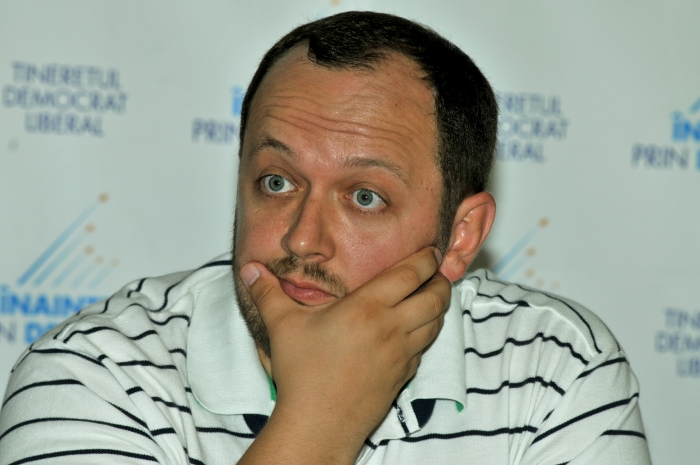 Adrian Papahagi