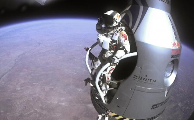 Felix Baumgartner a realizat o misiune istorică, fiind primul om care a depăşit viteza sunetului prin cădere liberă din stratosferă