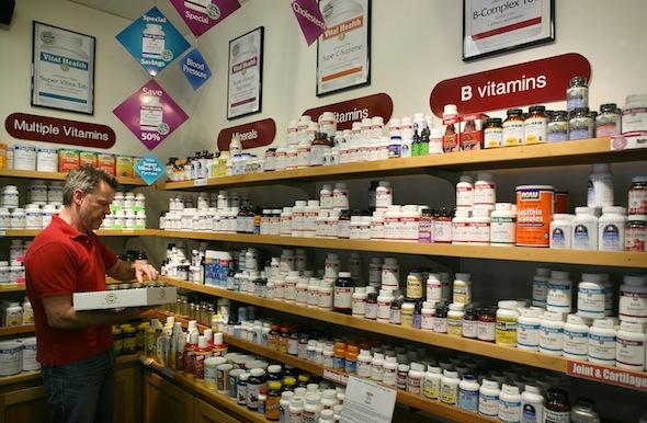 Vitaminele pot ajuta sănătatea, dar evitaţi excesul