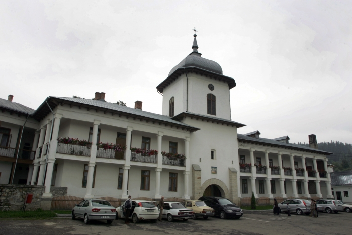 Mânăstirea Văratec.Mânăstiri din Bucovina