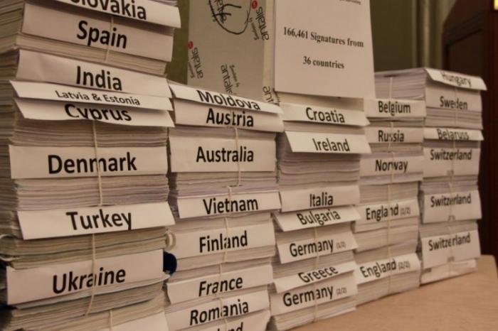 166.461 de semnături din 36 de ţări (inclusiv România) care sprijină petiţia Doctorilor Împotriva Recoltării Forţate de Organe (DAFOH) pentru a cere ONU să investigheze şi să condamne recoltarea forţată de organe de la prizonieri de conştiinţă din China (arhivă)