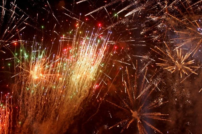 Jocuri de artificii în noaptea de Revelion