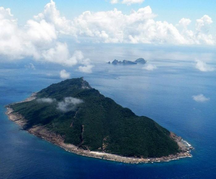 Insulele Senkaku (pentru japonezi) Diaoyu (pentru chinezi) din Marea Chinei de est