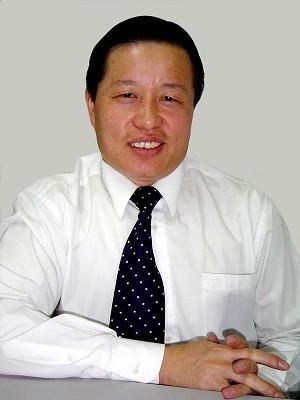 Gao Zhisheng, pe vremea când era unul dintre cei mai cunoscuţi avocaţi chinezi. Gao a fost răpit şi torturat de Securitatea chineză şi acum este ţinut în regim de domiciliu forţat