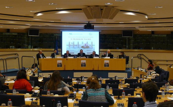 """Audierea intitulată """"Persecuţia religioasă a Chinei: o poveste de groază,"""" a avut loc la Parlamentul European pe 29 ianuarie, găzduită de biroul domnului Edward McMillan-Scott, vice-preşedinte al Parlamentului European"""