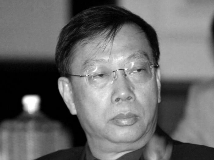 Viceministrul Sănătăţii din China (funcţie echivalentă cu cea de secretar de stat - n.r.), Huang Jiefu, este înfăţişat în cadrul unei reuniuni a Organizaţiei Mondiale a Sănătăţii în India, în iulie 2006. Acesta a sugerat recent că regimul chinez trebuie să renunţe la folosirea de organe pentru transplant de la prizonieri.