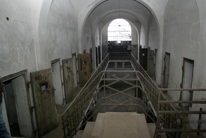 Închisoarea Râmnicu Sărat, celular, camere de detenţie.
