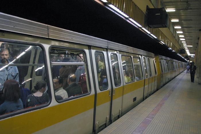 Garnitură de metrou