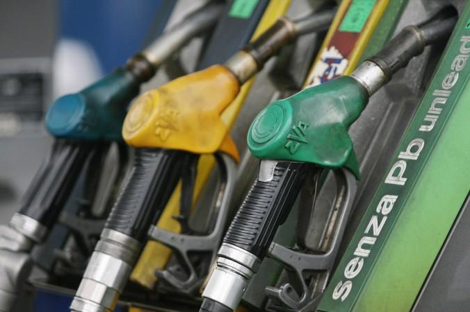 Pompe de benzina în Italia.