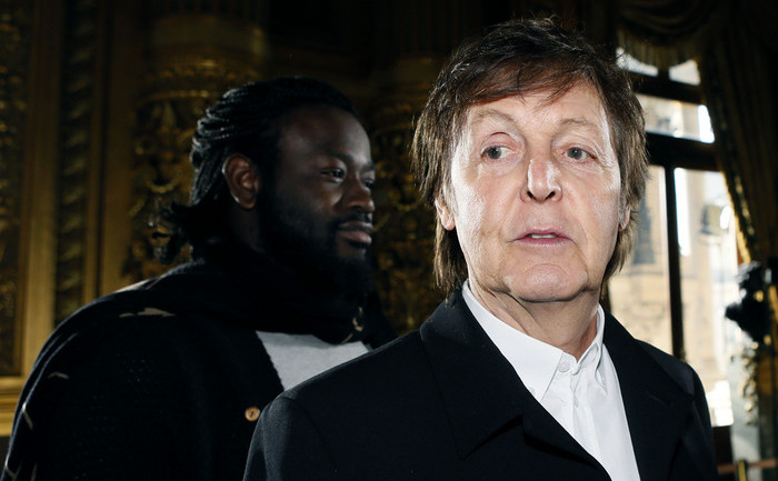 Paul McCartney, fostul basist al trupei The Beatles.