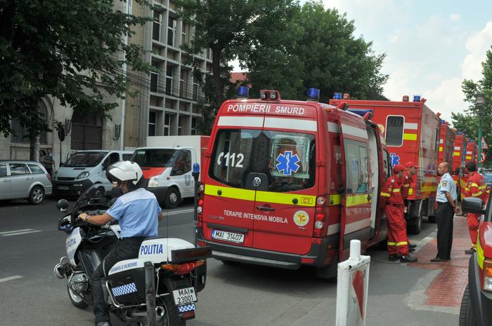 Echipaje SMURD la Spitalul de Urgenţă Floreasca pregătite de intervenţie rapidă