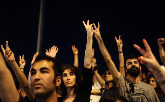 Turcia: Protestează arhitecţii şi inginerii constructori