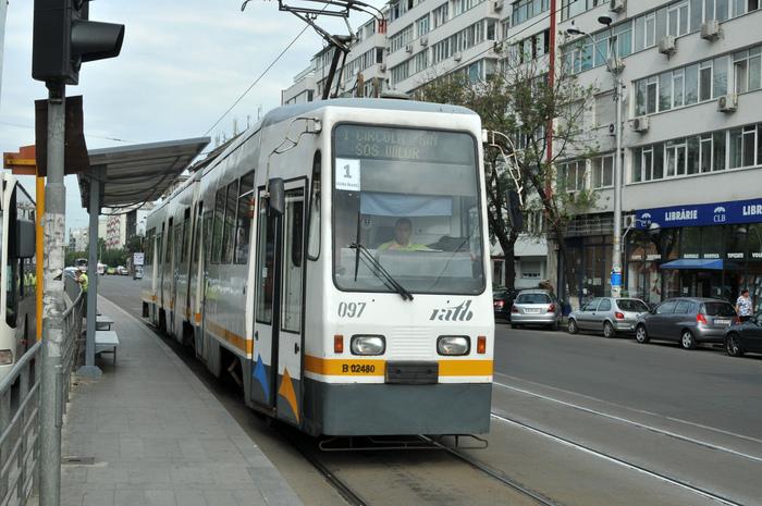 Transport de călători RATB, tramvai