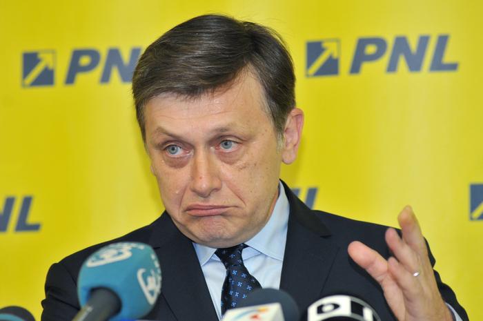 Crin Antonescu, preşedinte PNL