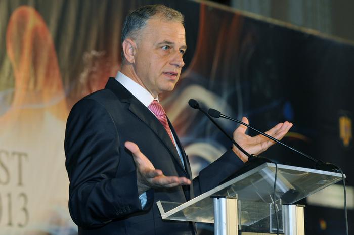 Bucharest Forum 2013. În imagine, Mircea Geoană