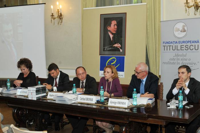 """Dezbaterea cu tema """"România la Consiliul Europei-trecut şi perspective"""" , Casa Titulescu, 7 octombrie 2013"""