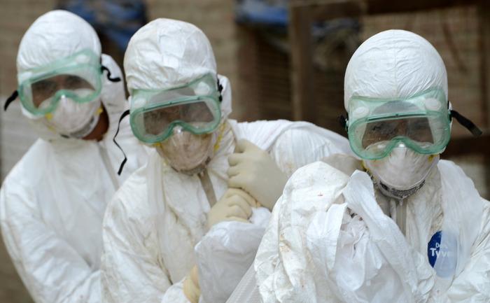 Oamenii de ştiinţă se luptă cu epidemia