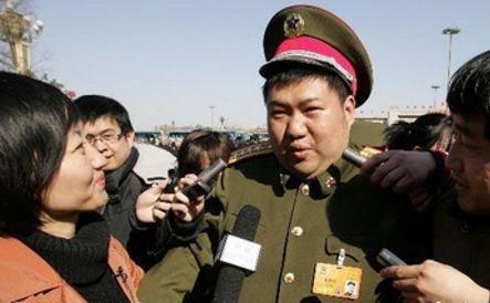 Mao Xinyu, nepotul lui Mao Tse Dun. Mao Tse Dun a fost cel mai mare criminal al tuturor timpurilor şi preşedintele Particului Comunist Chinez. Arhivă