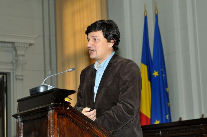 Sesiune ştiinţifică, dezbatere despre Roşia Montană la Academia Română. În imagine, Ştefan Bâlici