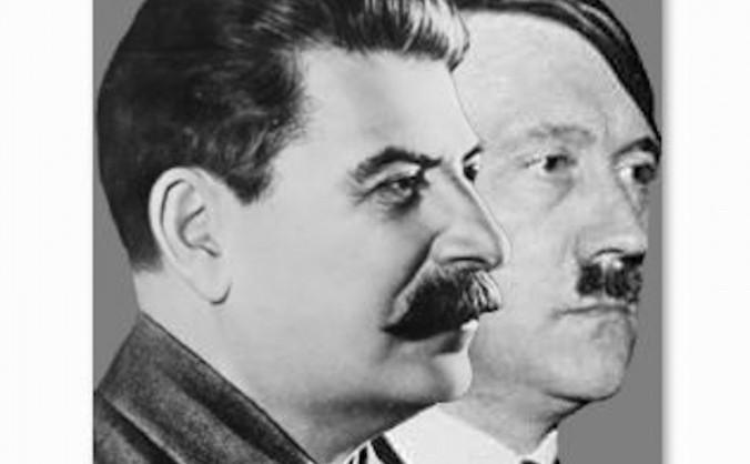 Iosif Stalin şi Adolf Hitler. Hotărârea Germaniei de a invada Uniunea Sovietică a venit curios la un moment fatal. A fost o coincidenţă sau împlinirea blestemului unui războinic bătrân?