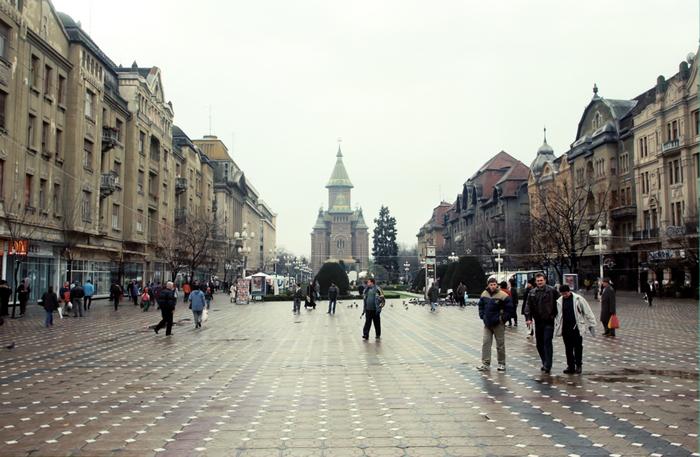 Timişoara. Piaţa Operei. Catedrala
