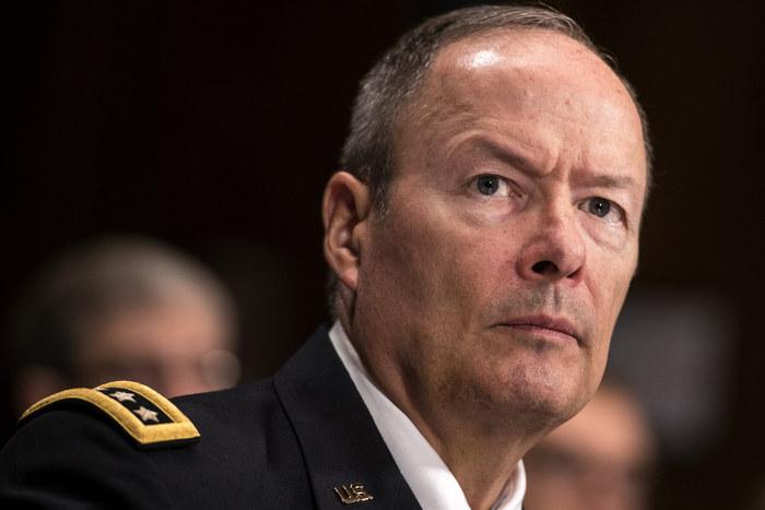 Generalul AlexanderKeith, directorul NSA