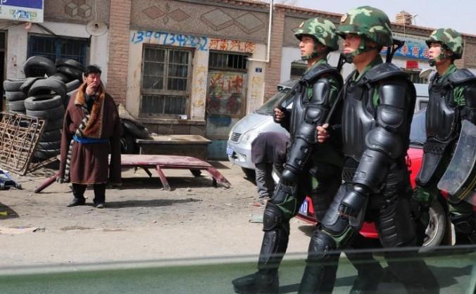 Trupe chineze paramilitare în regiunea Tibetului