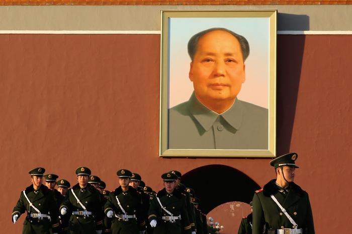Poliţia paramilitară chineză